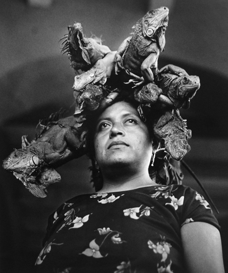 Graciela-Iturbide-Juchitán-1